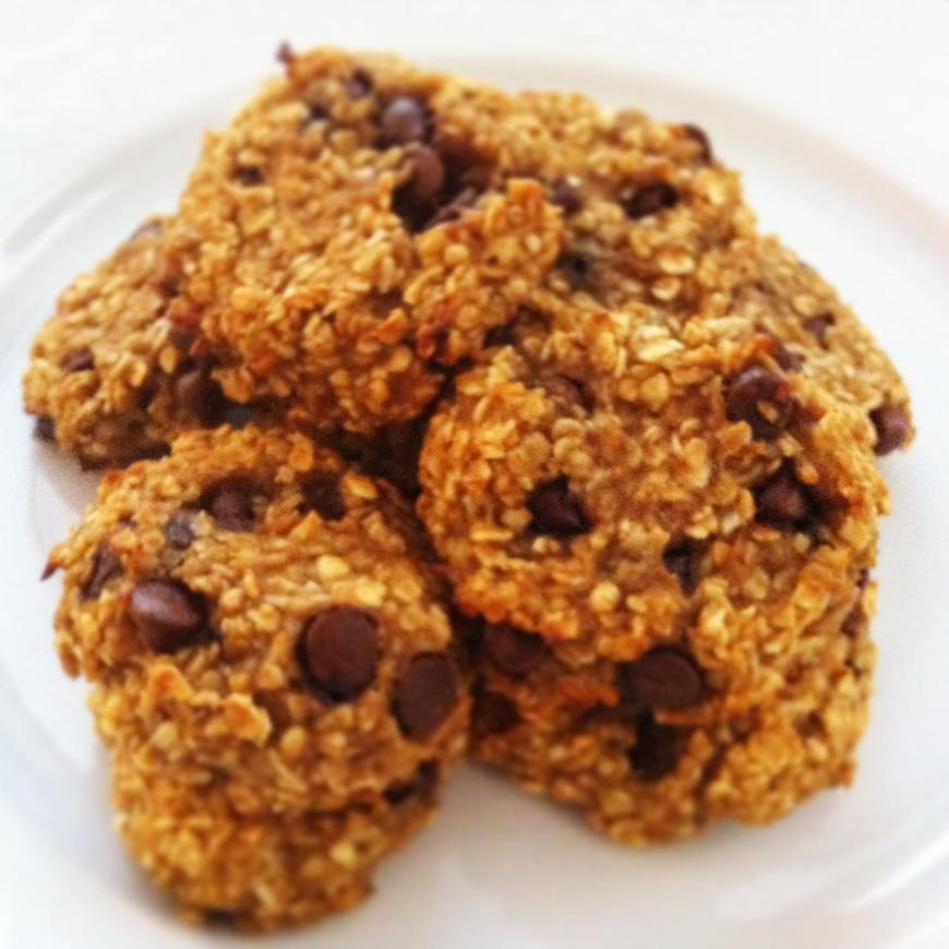 Easy Carob Chip Oatmeal Cookies!